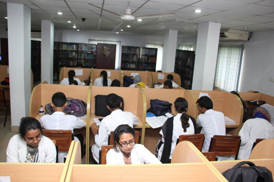 delta medical college library