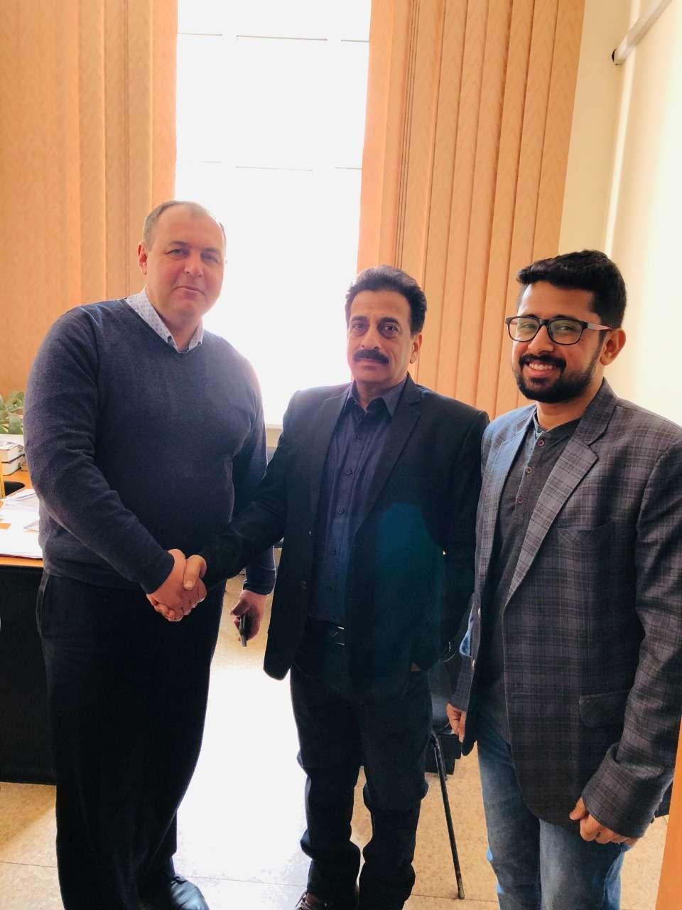 Pradeep Jayaswal & Shobhit Jayaswal of GMF with the Vice-Chancellor of Vinnitsa National Medical University, Ukraine.