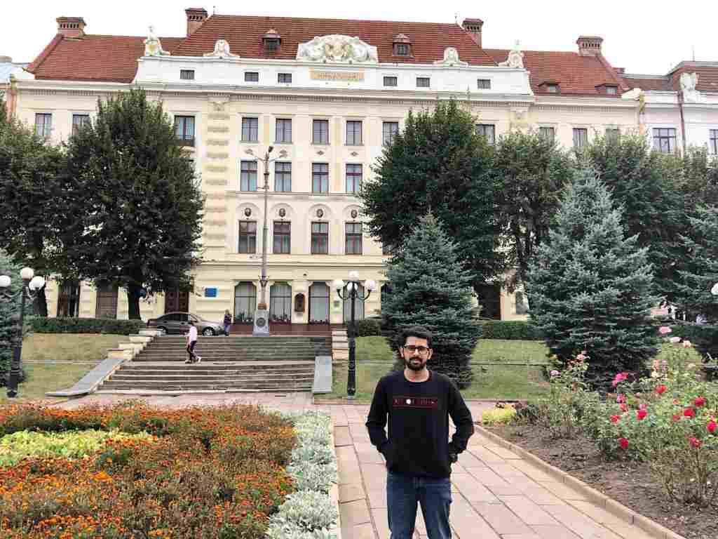 Shobhit Jayaswal at Bukovinian State Medical University Administrative Building